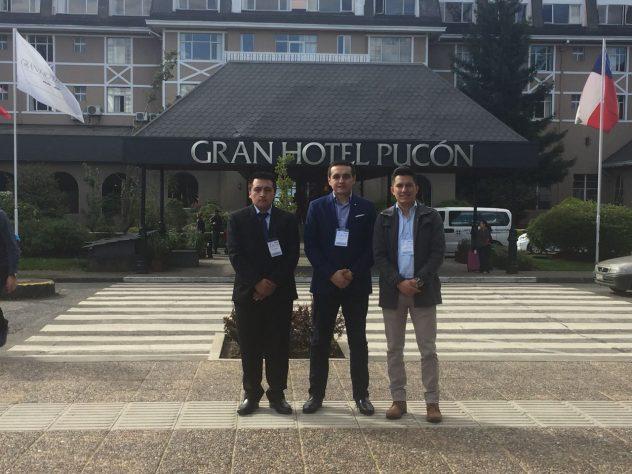 Ivan Yuquilima, Erwin Sacoto, Santiago Arévalo (izq. a der.) en el Congreso IEEE-ICA-ACCA-2017